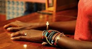 fm aux bracelets