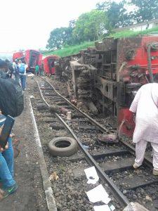 accident-train-douala3