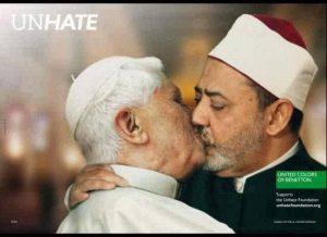 embrassade-du-pape