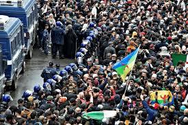 Les Algériens de retour dans la rue pour le deuxième anniversaire du Hirak
