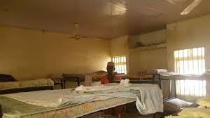 https://static.lexpress.fr/medias_12295/w_640%2Ch_360%2Cc_fill%2Cg_north/v1614355819/un-dortoir-desert-du-pensionnat-de-jangede-dans-le-nord-ouest-du-nigeria-le-26-fevrier-2021-ou-des-hommes-armes-ont-enleve-plus-de-300-adolescentes_6295436.jpg